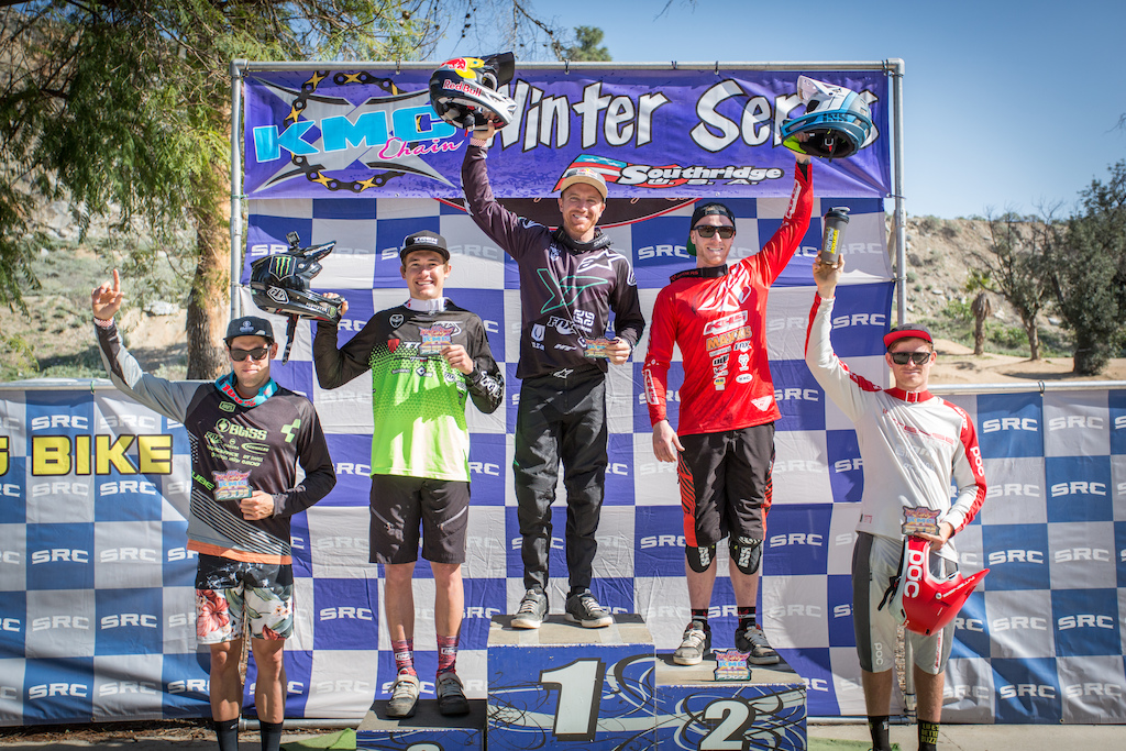 Pro Men Podium - 1st place Aaron Gwin 01 56.63 2nd place Logan Binggeli 01 56.78 3rd place Charlie Harrison 01 58.04 4th place Greg Williamson 02 00.23 5th place Luca Cometti 02 02.05