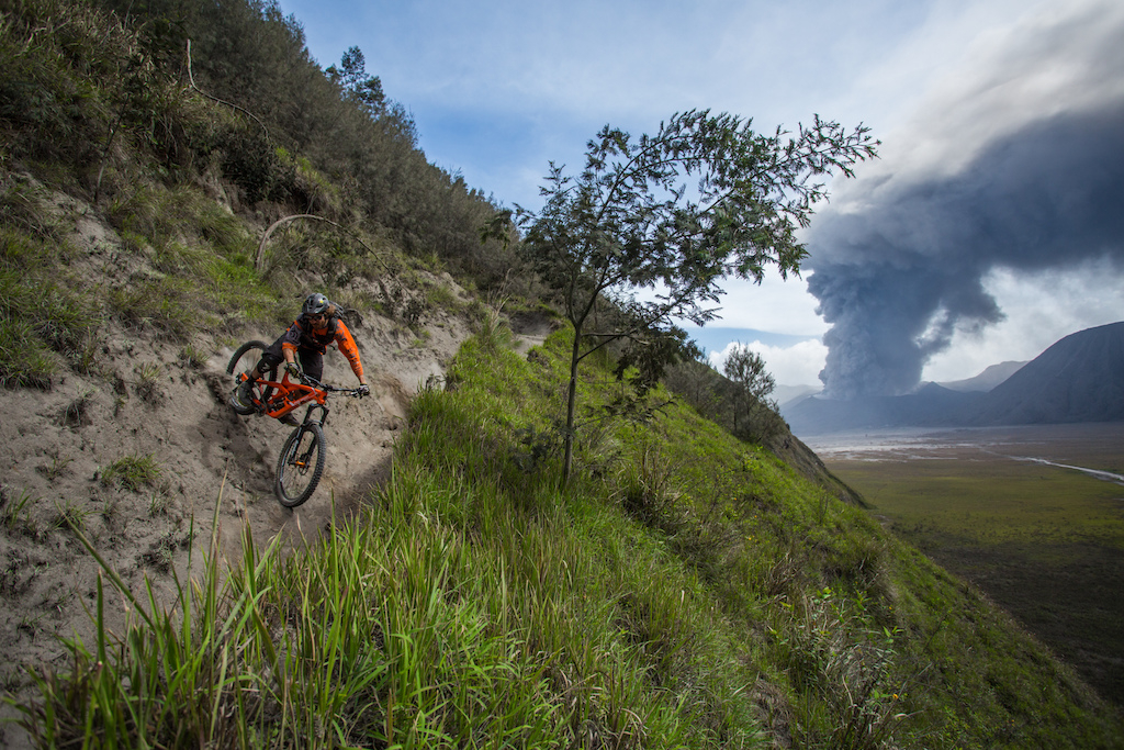 riding around mount bromo