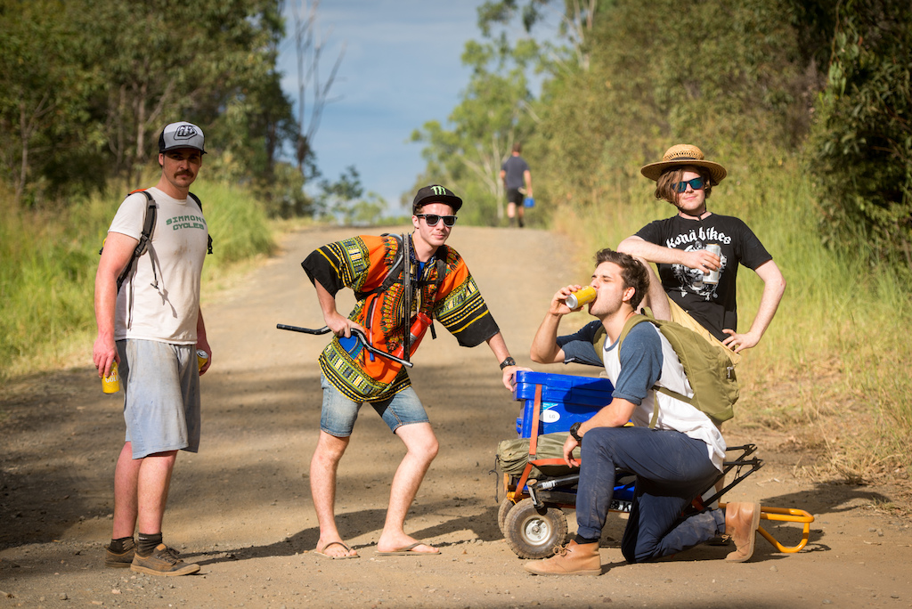 The boys had quite a trek up to the rock garden with their esky trolley and came back with a slightly lighter load. They may also belong to some sort of Downhillbilly rock band judging by their chosen poses.