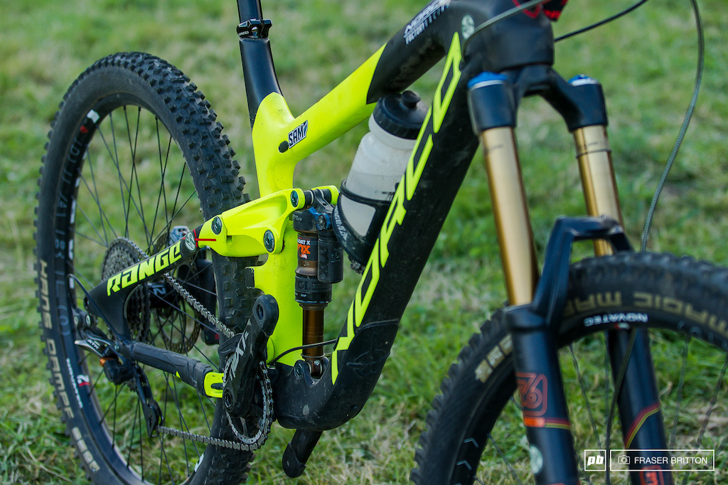 Sam Blenkinsop s Enduro Bike Check - Crankworx Rotorua 2016