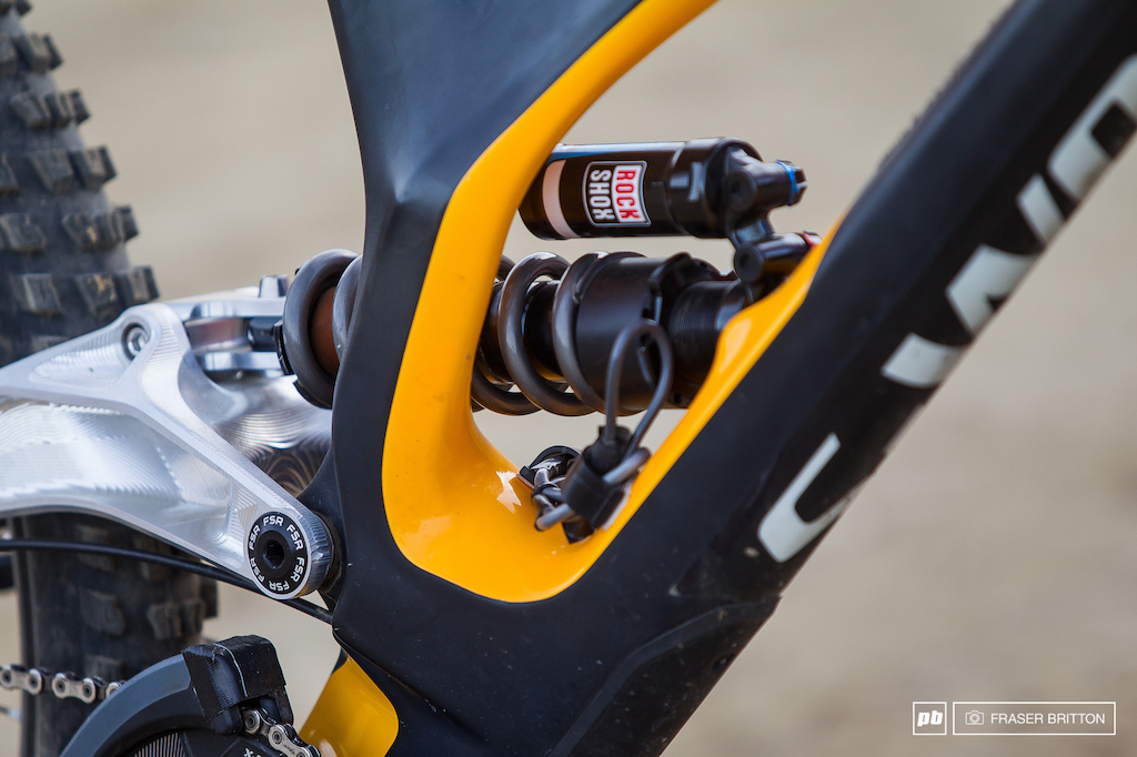 Loic Bruni, Specialized Demo bike check, 2016