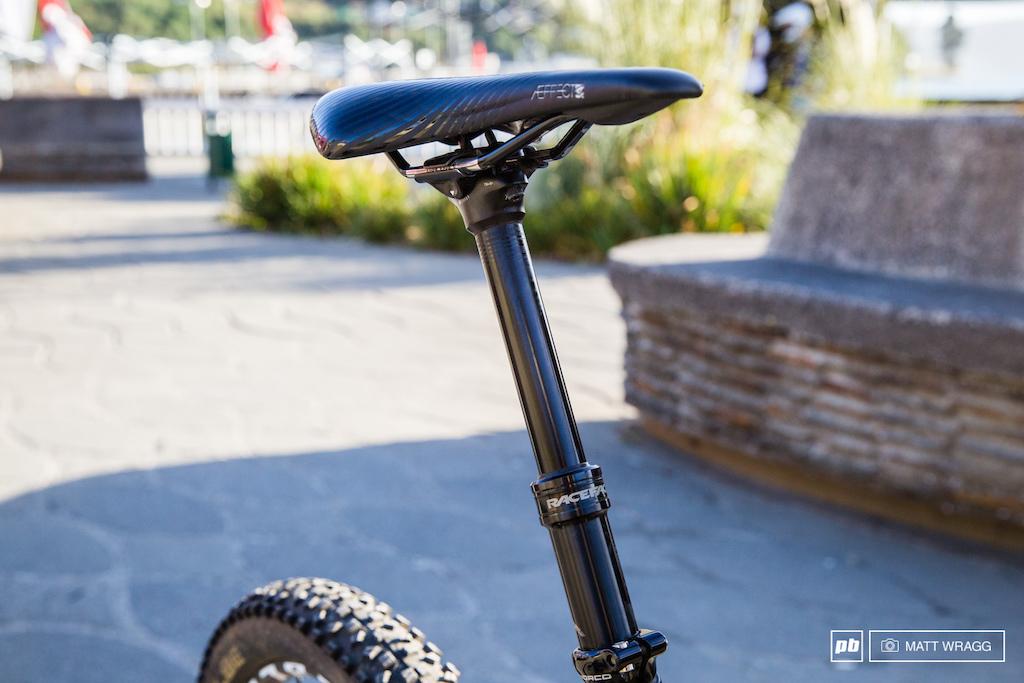 Blenki Bike Check. Valdivia. Chile. Photo by Matt Wragg.