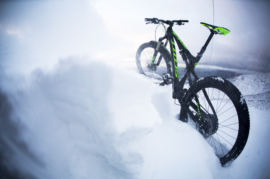 385fdc923fac1c Winter Climb and Ride With the Trippin  Crew - Video - Pinkbike