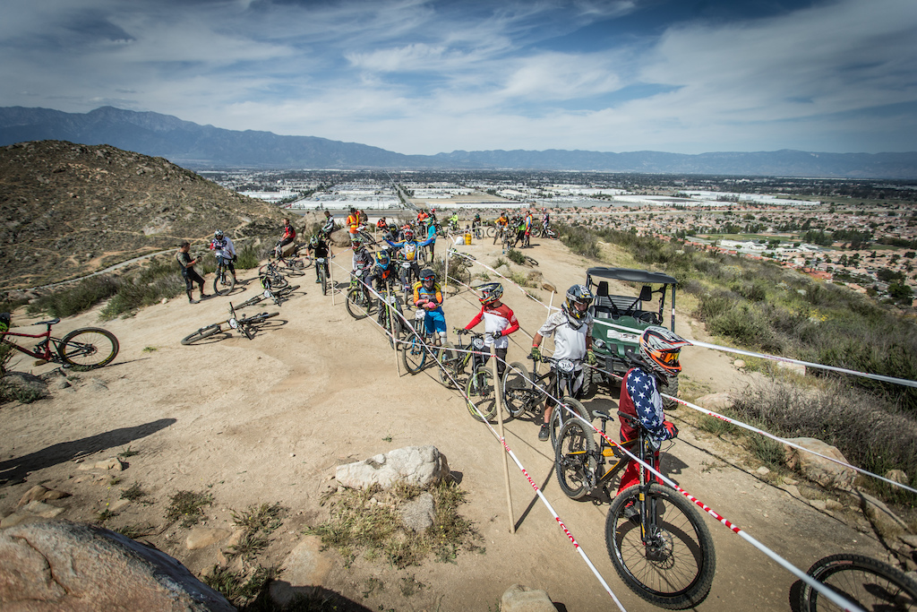 Another great turn out for the DH event during the Fontana National Weekend.