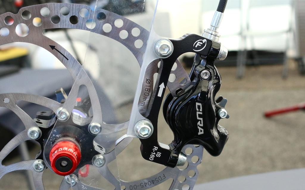 Formula Cura brake