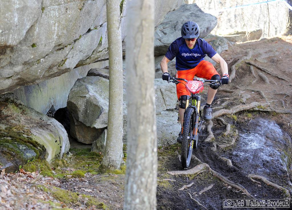 Images from Vittoria ESC Enduro 1 at Diamond Hill article.
