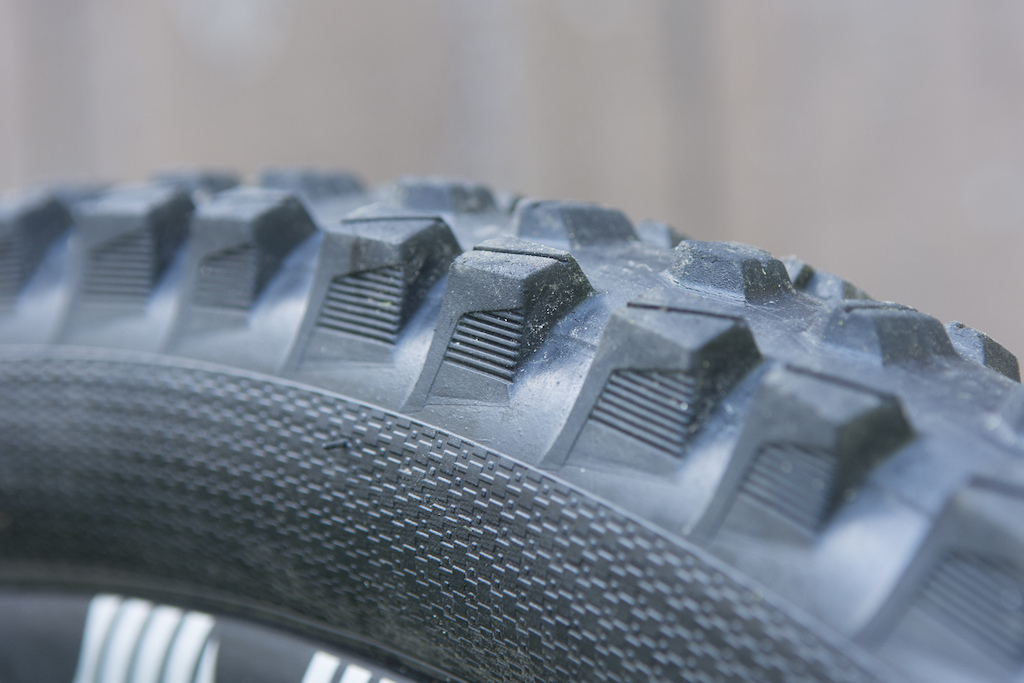 e thirteen TRSr tire review