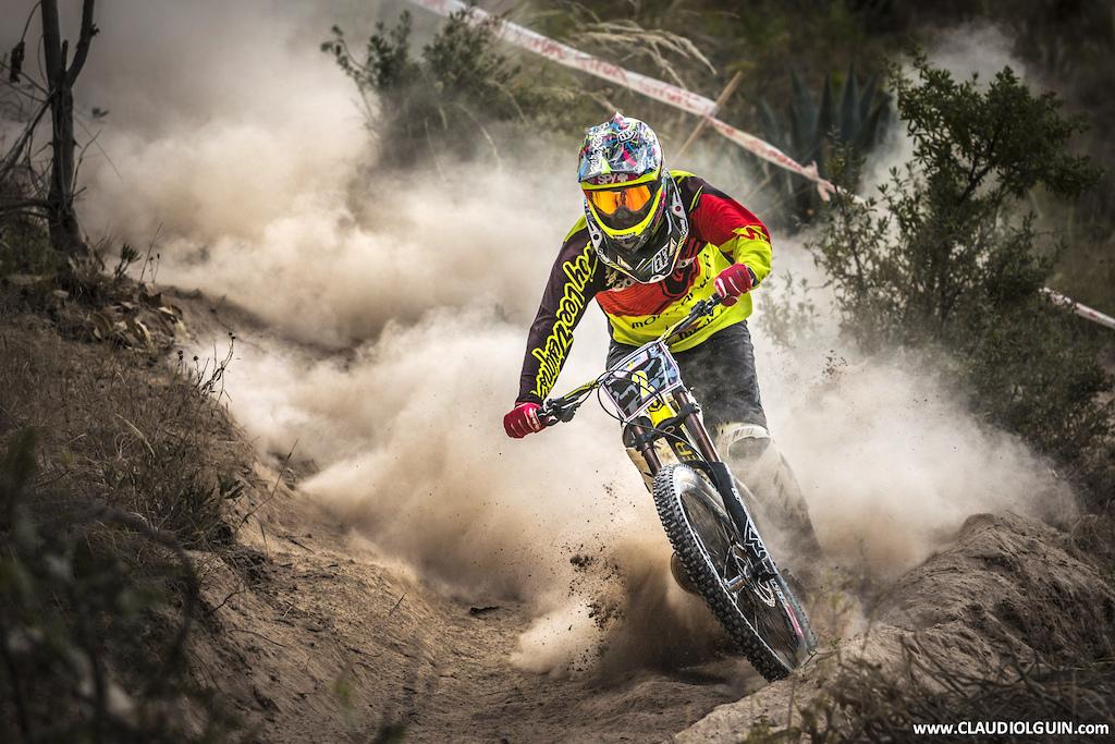 Santisimo Downhill 2016 Cusco Pinkbike