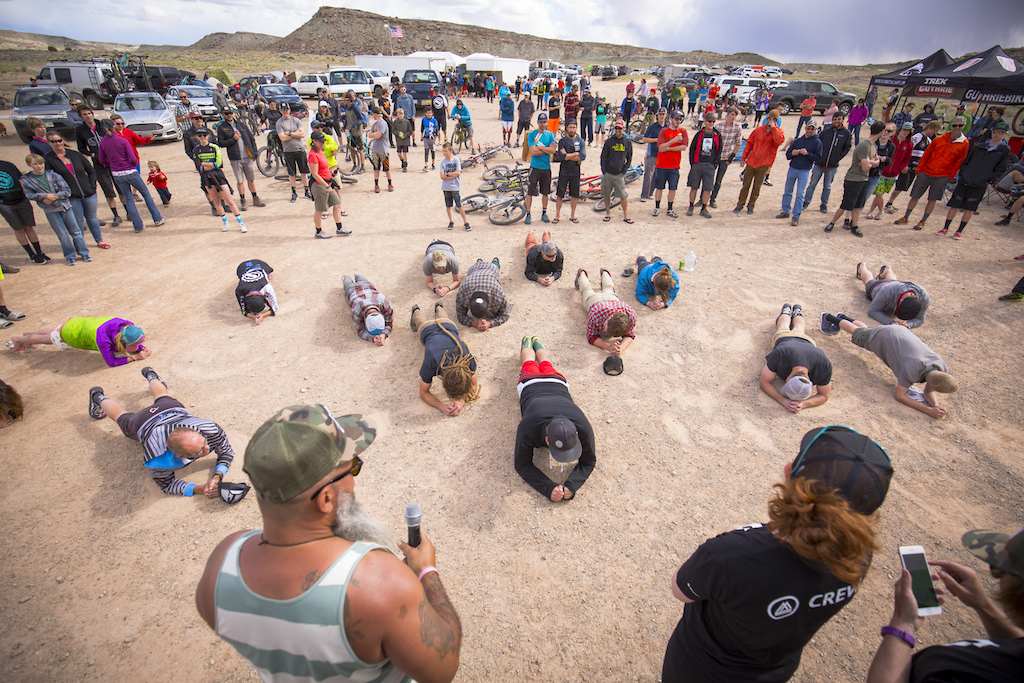 Plank competition for a Vittoria wheelset at the 2016 SCOTT Enduro Cup presented by Vittoria in Moab Utah