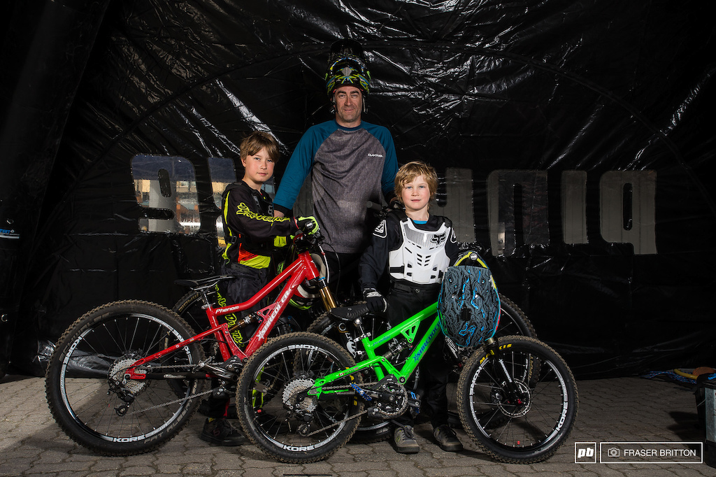 The family that shreds together...