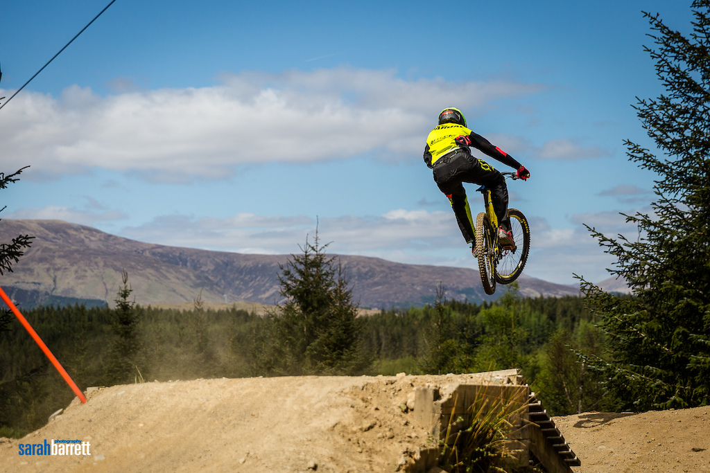 British Downhill series 2016