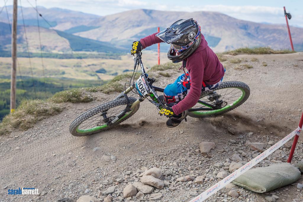 British Downhill series 2016 All images copyright Sarah Barrett Photography
