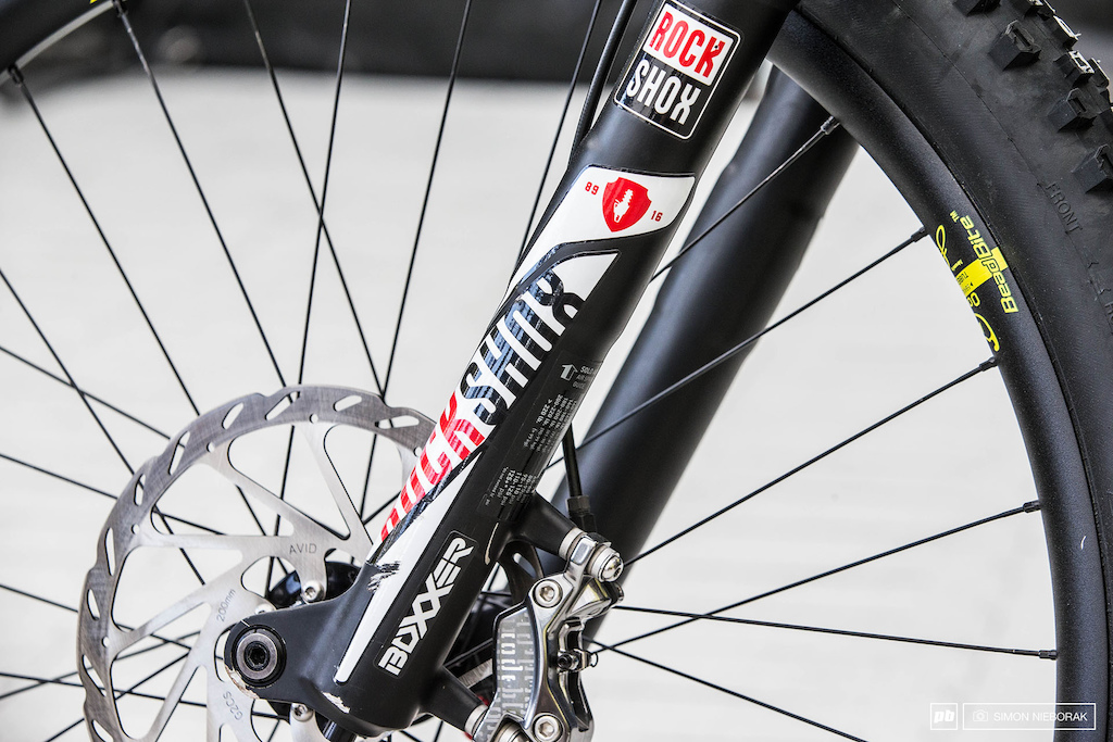 Rémi Thirion\'s Commencal Supreme DH V4 - Fort William DH World Cup ...