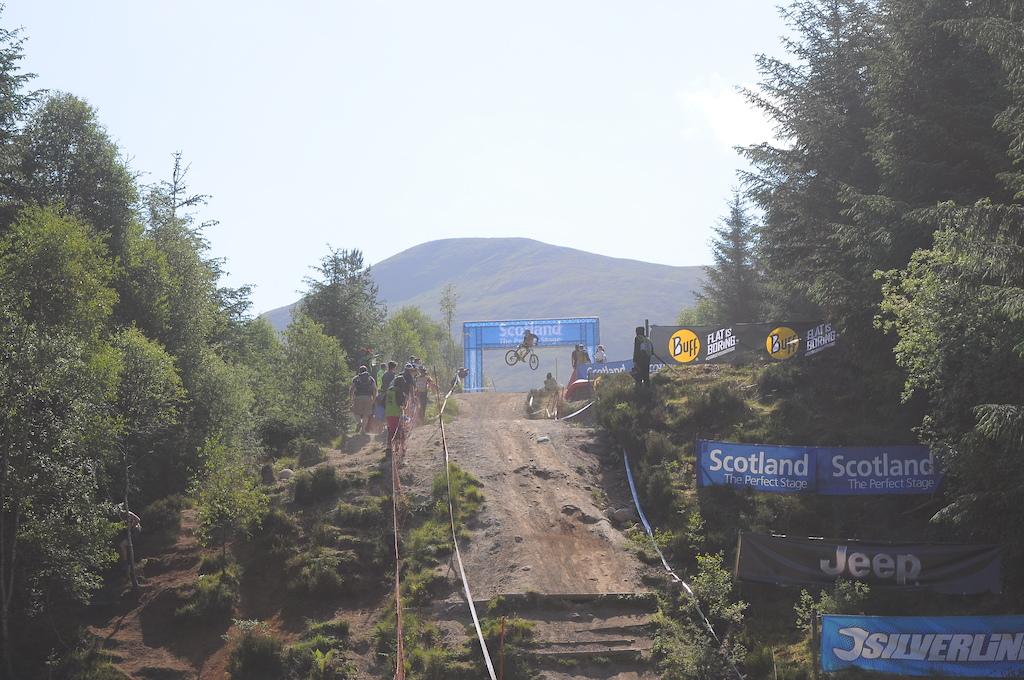 Getting sideways on the Scotland arch