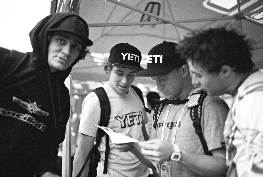 The 2009 YETI team with Sam Blenkinsop, Aaron Gwin, Jared Graves at the World Cup Pietermaritzburg South Africa. Aaron Gwin is checking his qualification results. Shot with LEICA M6 / 35mm f/1.4 Summilux
