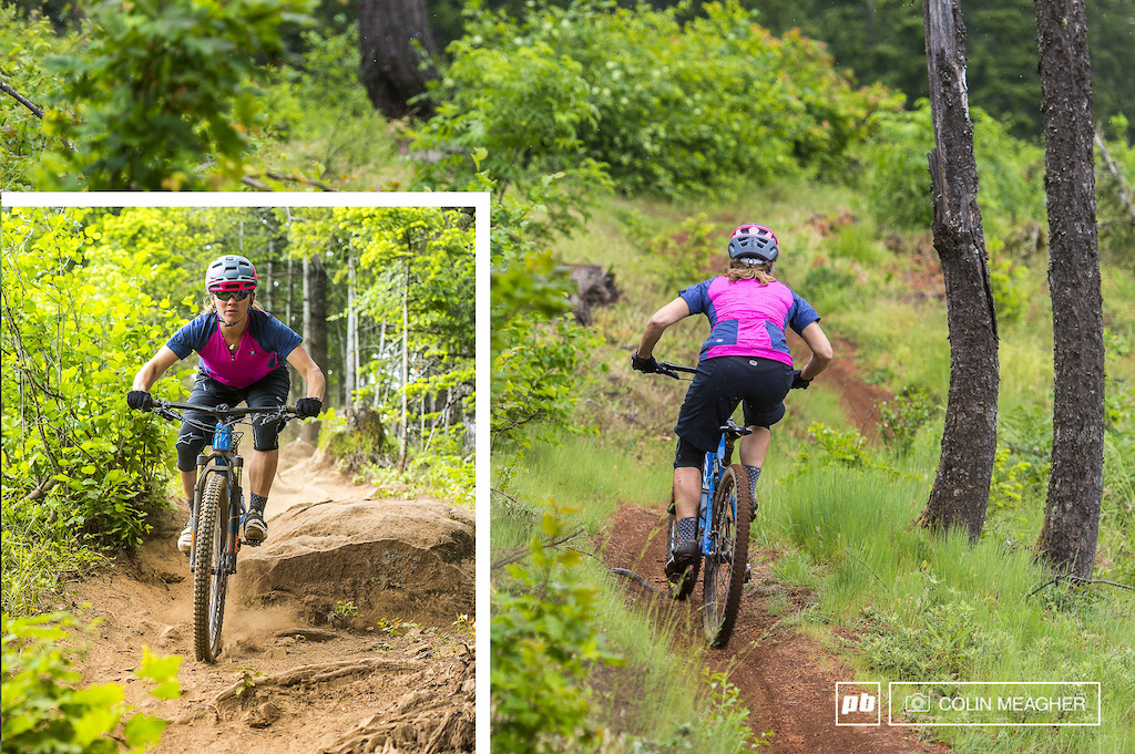 Nikki Hollatz testing Sugoi s RPM Jeresy and shorts for Pinkbike in Post Canyon just outside of Hood River OR.
