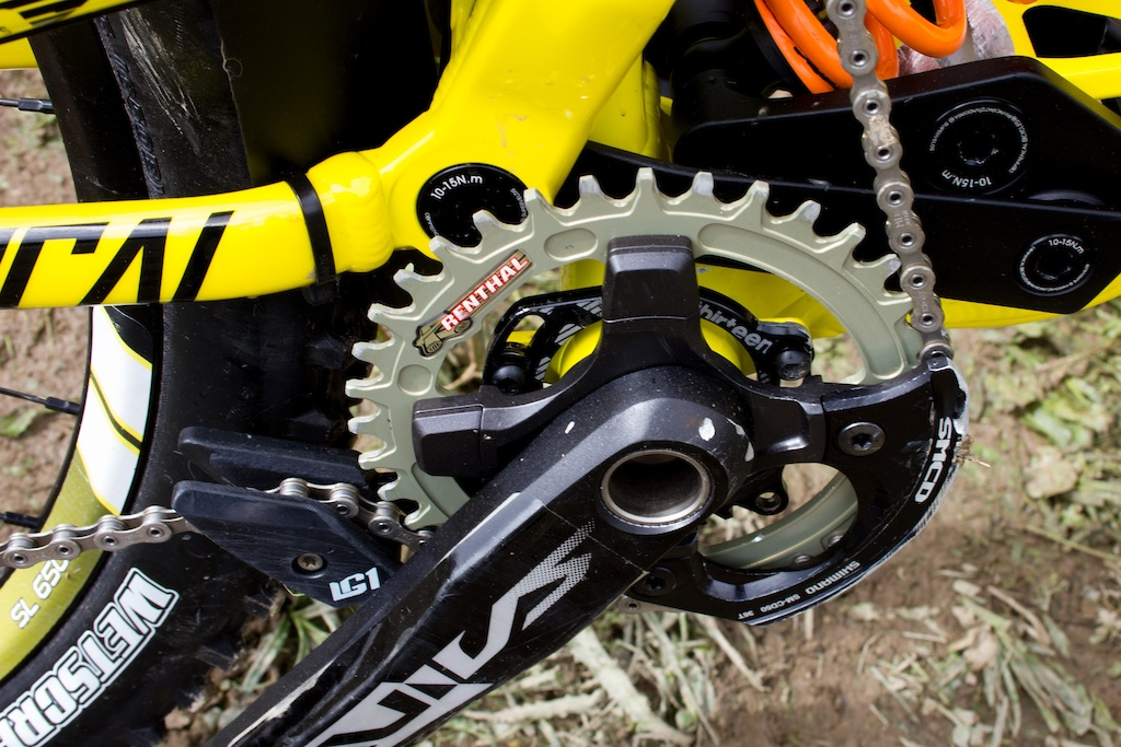 Renthal s narrow wide chainring and a Shimano bashguard for safety.