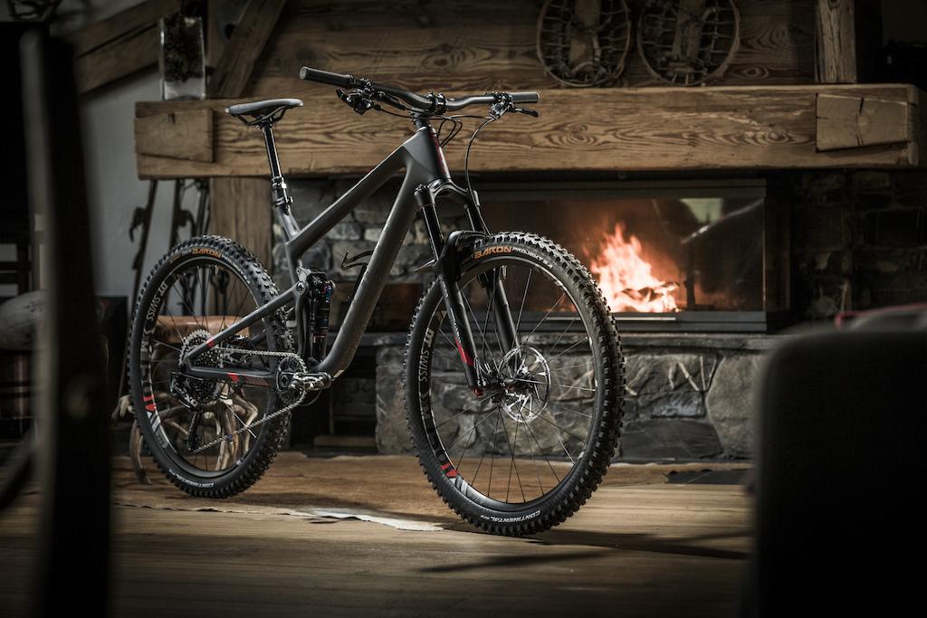 Focus Present Jam and O1E Bikes