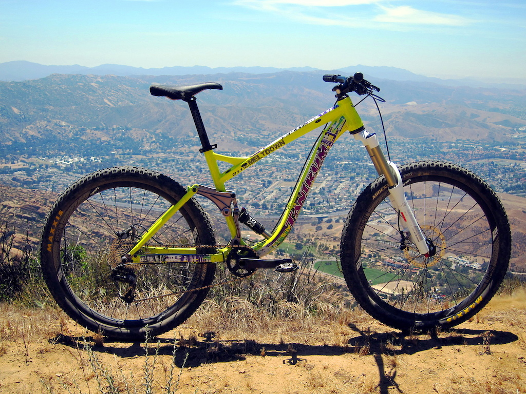 First Ride Tantrum Cycles Missing Link Suspension Pinkbike Of A Bike Shock Absorbers 101 Tire Types Bicycle Geometry Fitting For I Rode The Meltdown 160 Millimeter Chassis With 275 Inch Wheels And That Fits Squarely Within Current All Mountain Enduro Trends