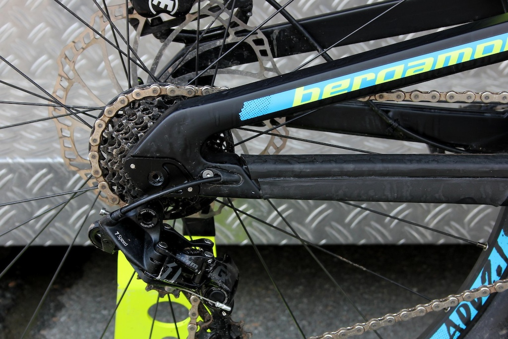 Adjustable dropouts adjust chainstay length.