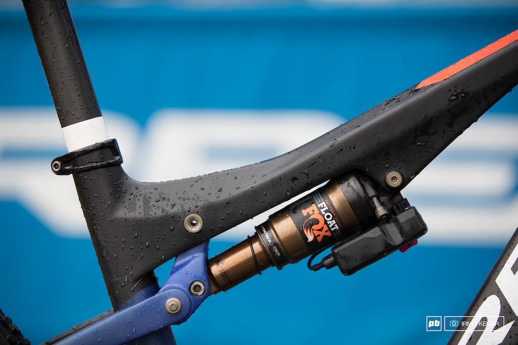 Katerina Nash s Orbea OIZ 29 - XC World Championships