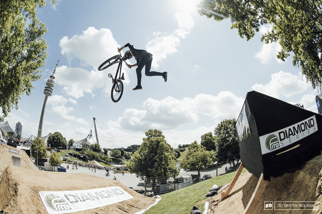 Emil Johansson - the wildcard rookie is a great discovery of the FMB World Tour. This young Swede is a golden mix of Swedish riding we have already had a chance to watch in big competitions.