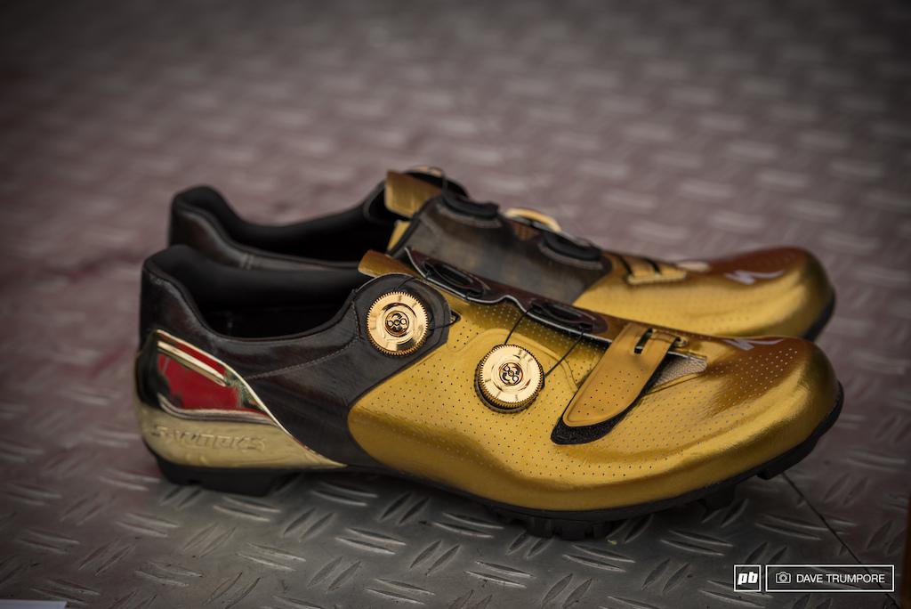 Some fresh new shoes for Specialized XC racer Jaroslav Kulhavy.