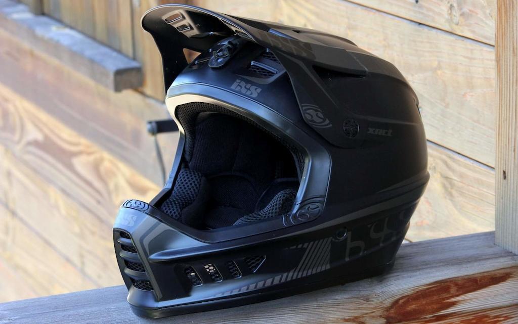 iXS XACT helmet - Checkout July 2016. Photo: Paul Aston.