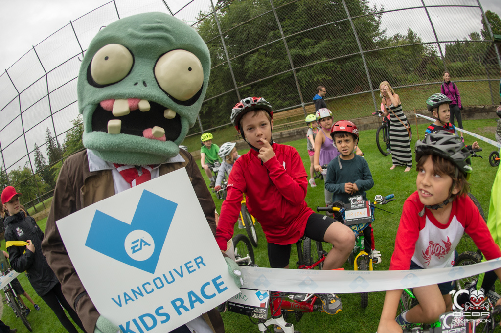 The ES Sports kids race was well attended by creepy faces only a kid could love.