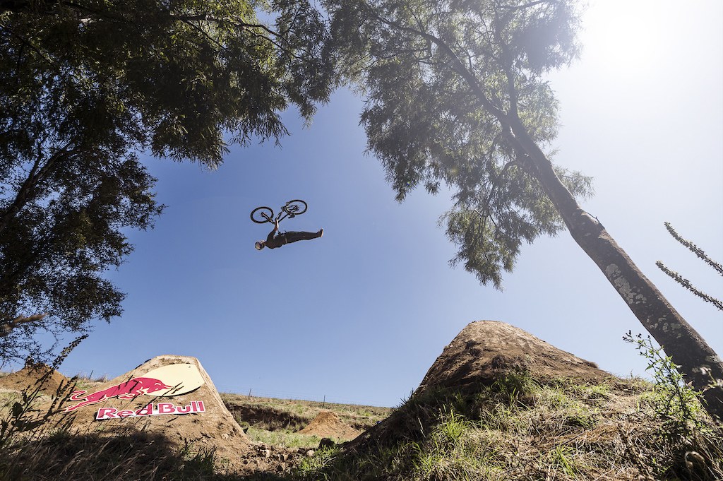Matt Jones - Pinkbike s Getting to Know 2016