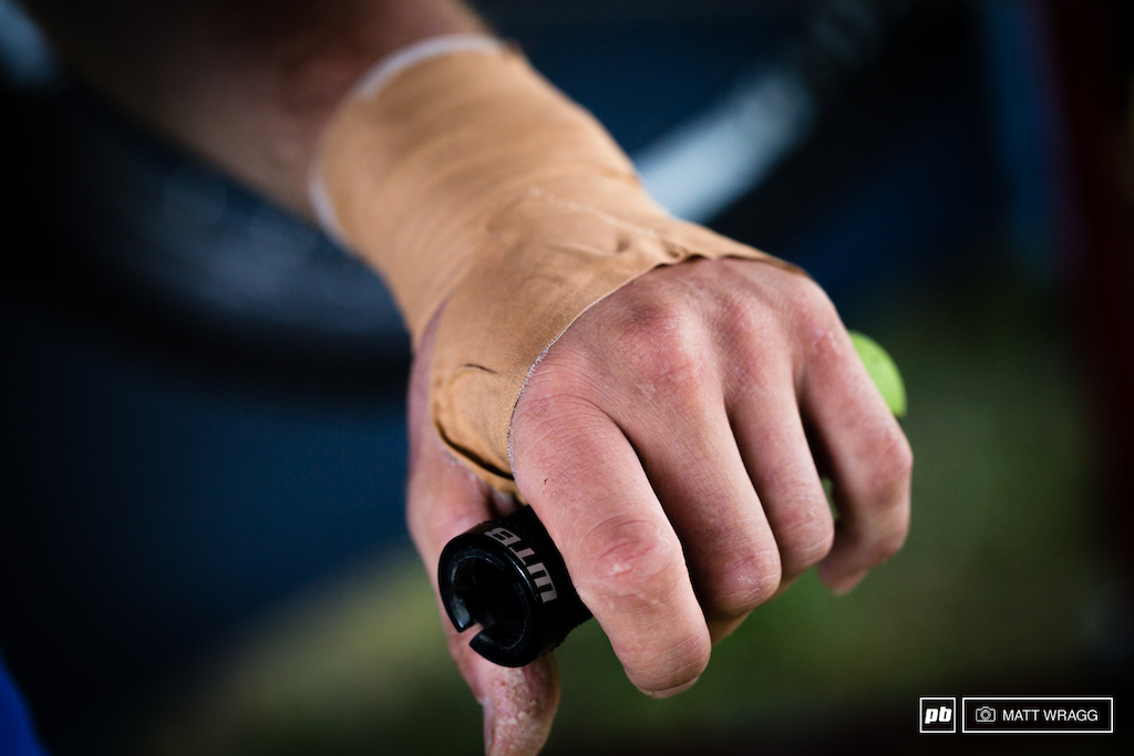 It doesn t look like good news for Marco Osborne this weekend who injured his wrist a couple of weekends ago at the Mountain of Hell and he s not sure if it s ready for an EWS of abuse yet.