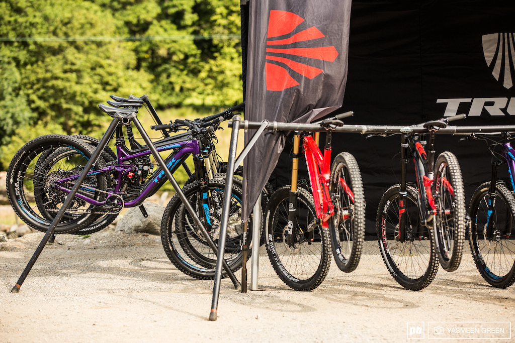 Trek were present with a fleet of current bikes ranging from the Session 9.9 to Remedy in a range of sizes. Riders were free to take a bike of their choice and to have it set up and prepared by the Trek technicians.