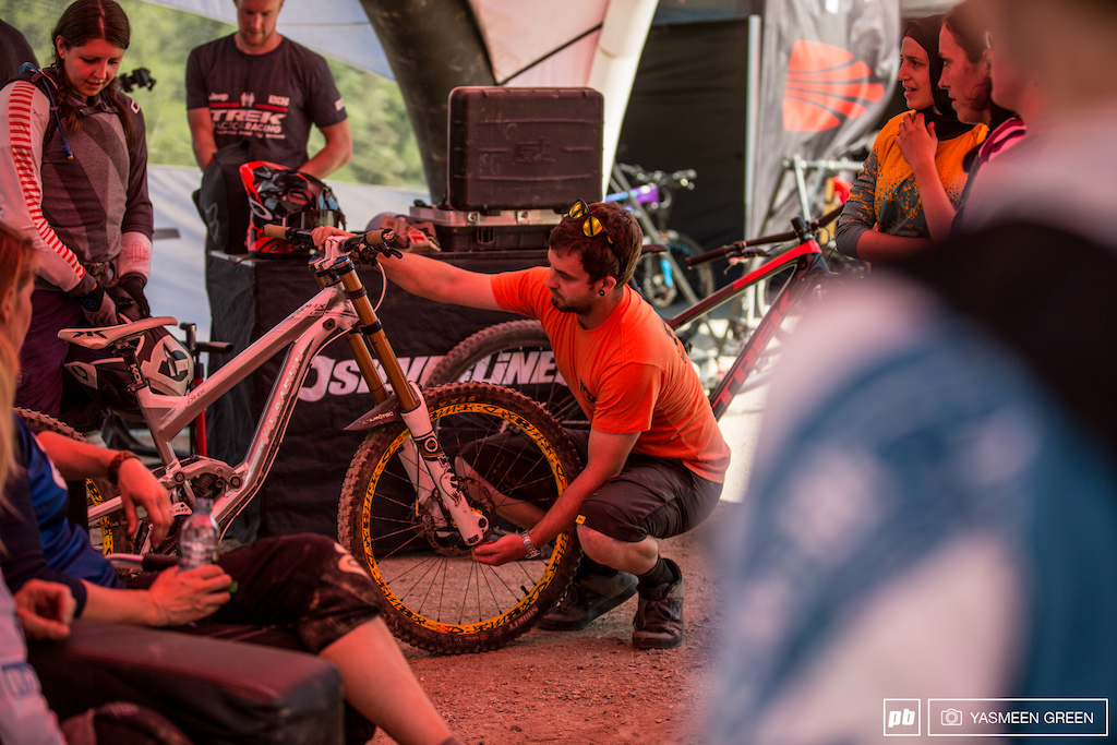 After getting a feel for the track and its features further changes were made to bike set up. Perfecting suspension set up with expert guidance from Fox technicians.