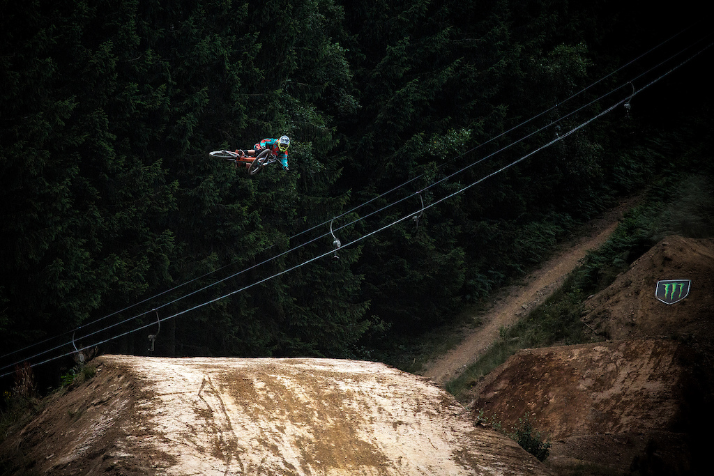 Sam Reynolds, without a doubt one of the most stylish riders and with the biggest whips of the fest. Such a shame his riding was cut short due to a nasty crash on the 'smaller' trick jump