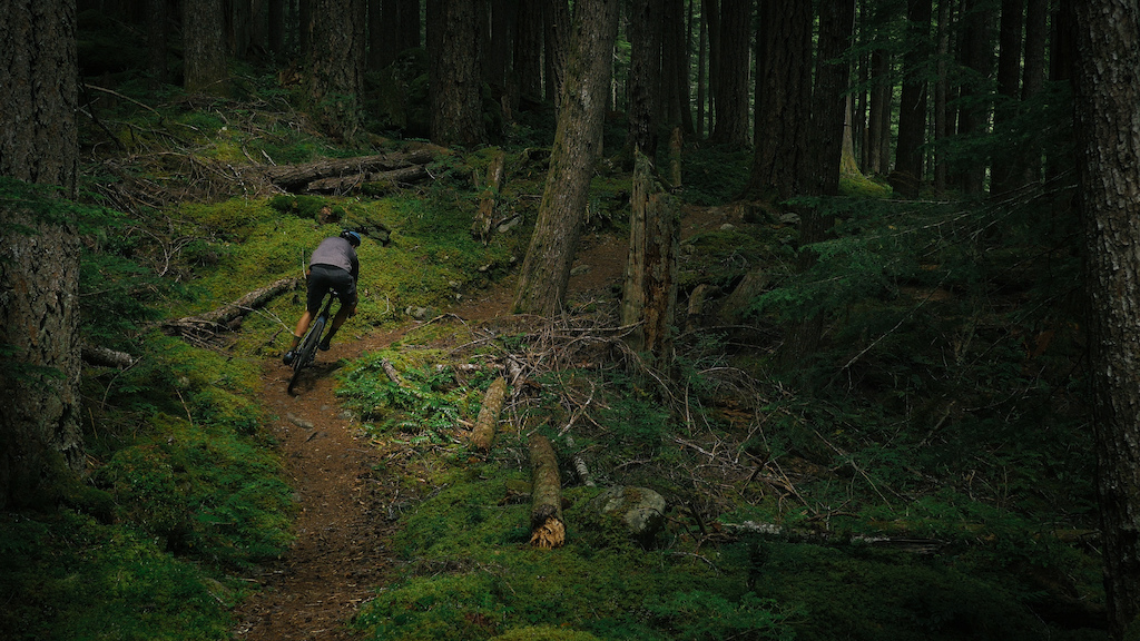 Kerry Werner aboard the all new Diamondback Haanjo Trail Carbon.