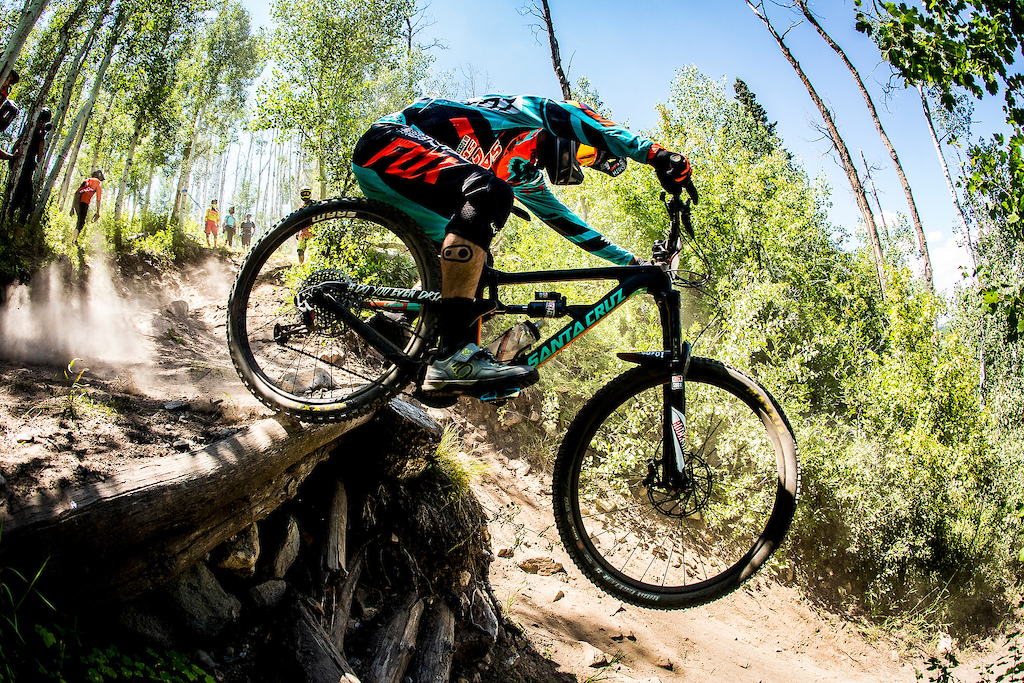 Iago Garay riding the Mallet E LS at the 2016 EWS Snowmass, Aspen Colorado, USA.