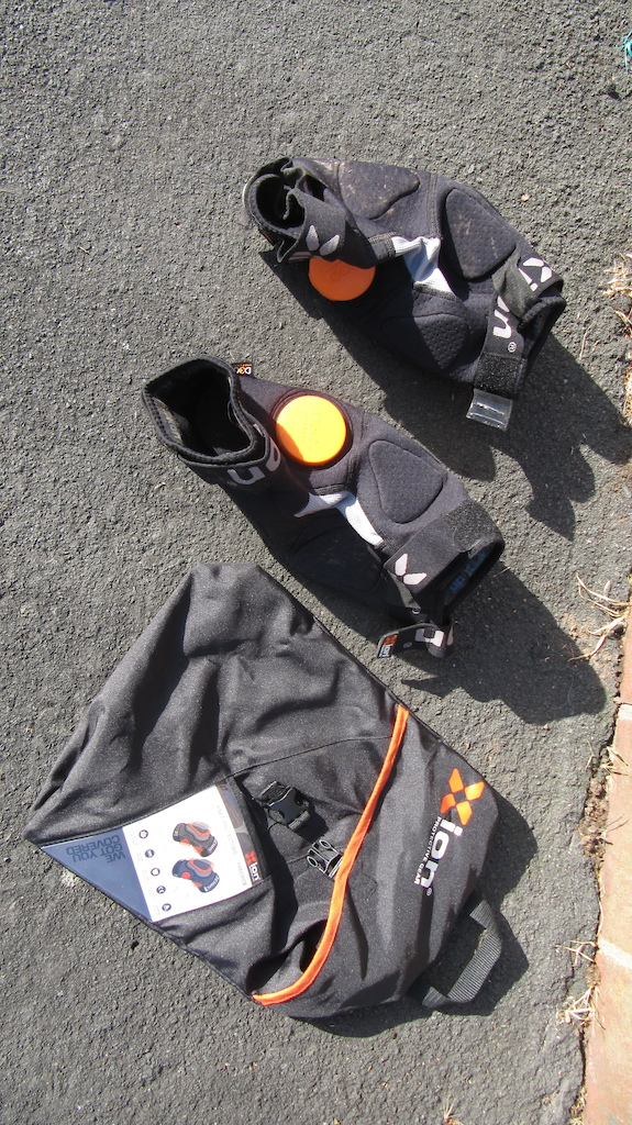 2015 NEW Xion Knee Protectors FREERIDE (small mens)