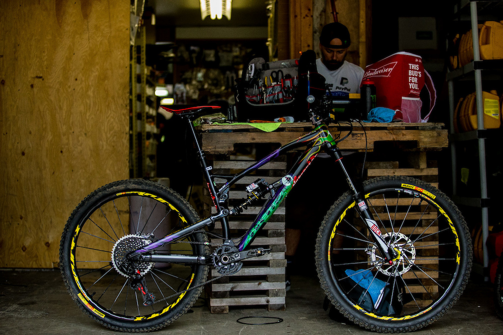 "The ""Grave Digger"" inspired Nukeproof Mega"