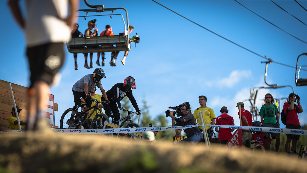 Ryan Howard (left) vs Bas Van Steenbergen (Right) during the CLIF Bar Dual Speed & Style at Crankworx Whistler. Photo by Clint Trahan.