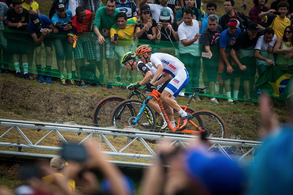 MTB Cross Country Olympic as it's best! Nino Schurter and Jaroslav Kulhavy sprinting from one section to another...