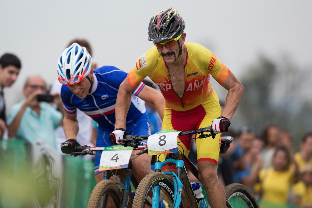 As we know from José Antonio Hermida, when Spaniard has a mustache, watch out! Carlos Nicolas Coloma got the bronze medal!