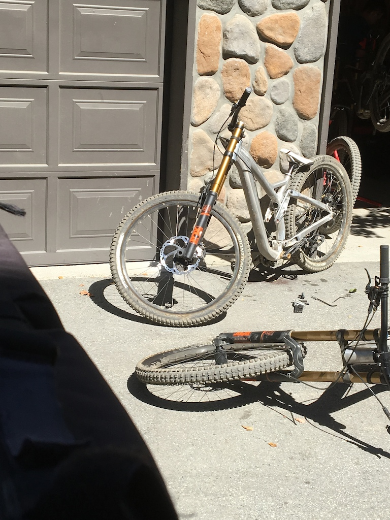 f4dc8ddd1 Trek s Prototype DH Bike - Crankworx Whistler 2016 - Pinkbike
