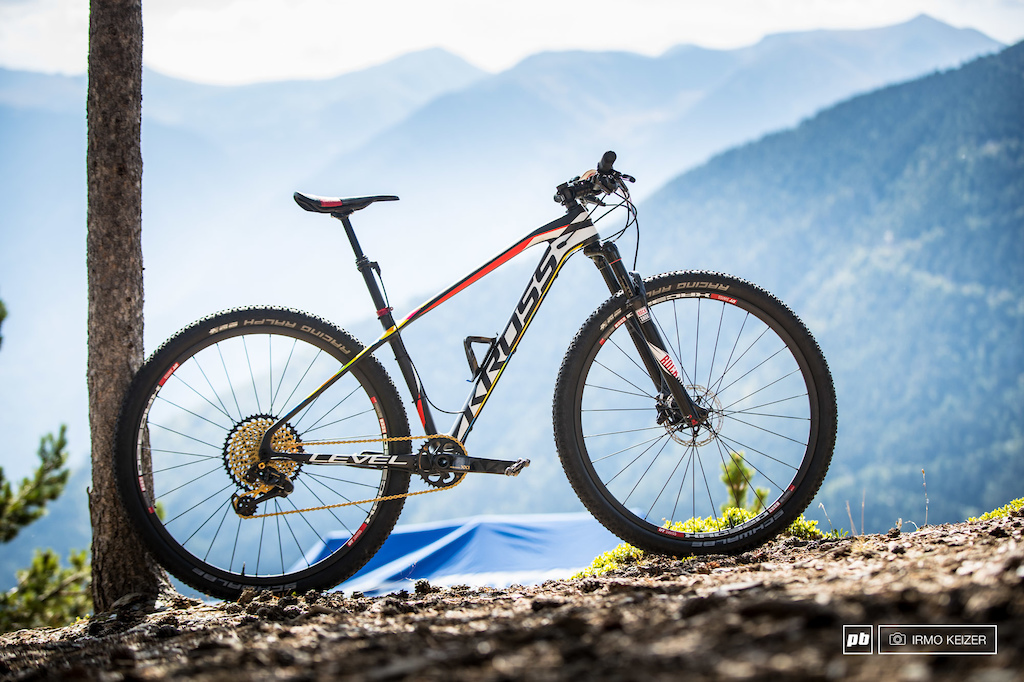 More Tech from the Pits- Vallnord XC World Cup 2016