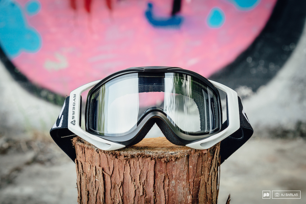 d28805c2ae Ryders Tallcan Goggle - Review - Pinkbike
