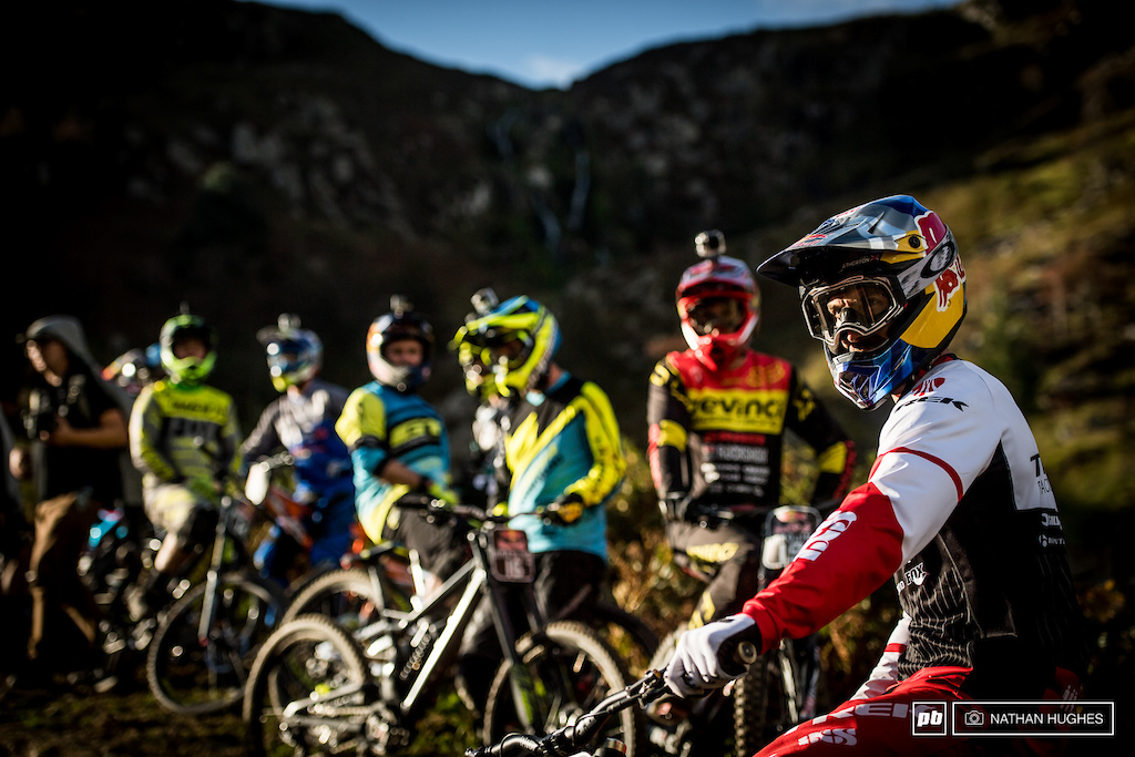 Gee Atherton leading out his band of 'merry'/'fairly concerned for their safety' men.