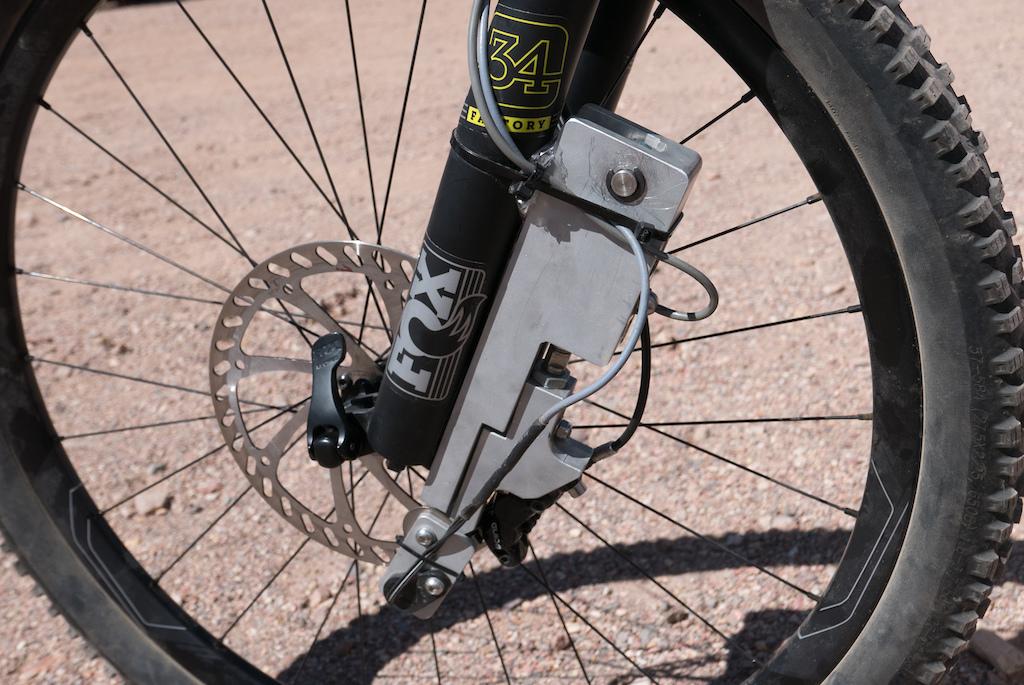 Mountain bike brake power meter