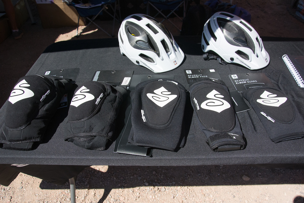 Sweet protection offers three models of their Bearsuite Knee pads from left to right is the Pro light and the guard which offer different levels of functionality and pricepoints. The Bearsuit Elbow guards come in a guard of pad model.