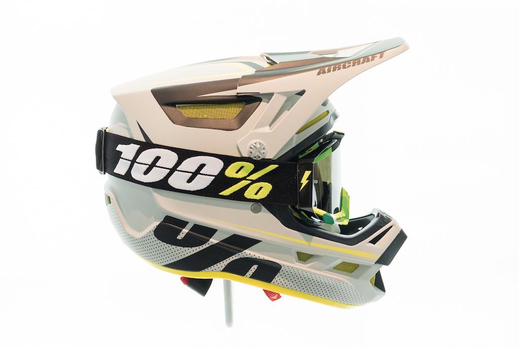 New MTB Apparel From 100% - Interbike 2016 - Pinkbike a98716a54