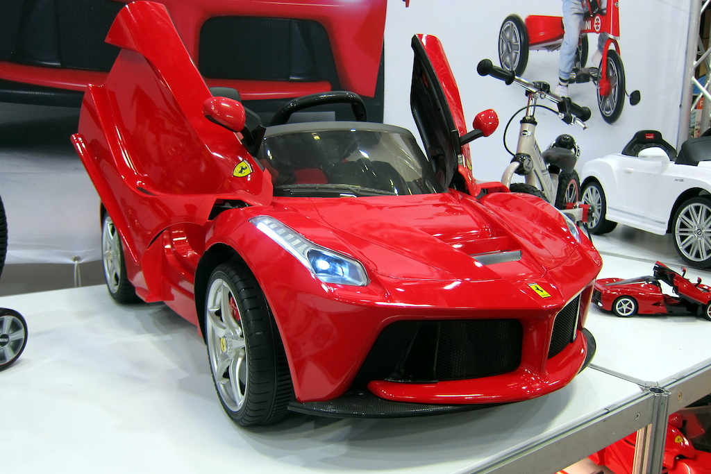 electric powered la Ferrari for your toddler