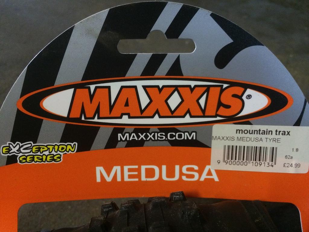 0 2x Maxxis Medusa 26x1.8
